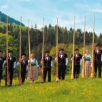 Alphorngruppe Amt Entlebuch unter der Leitung von Hermann Studer